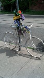 Ghost bike on Wychwood Avenue