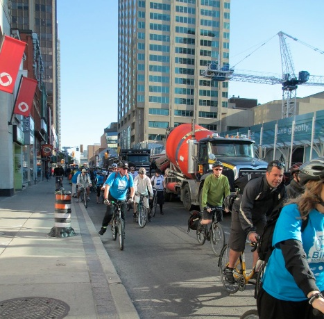 Cyclists head south on Yonge Street during Ride to Work Day